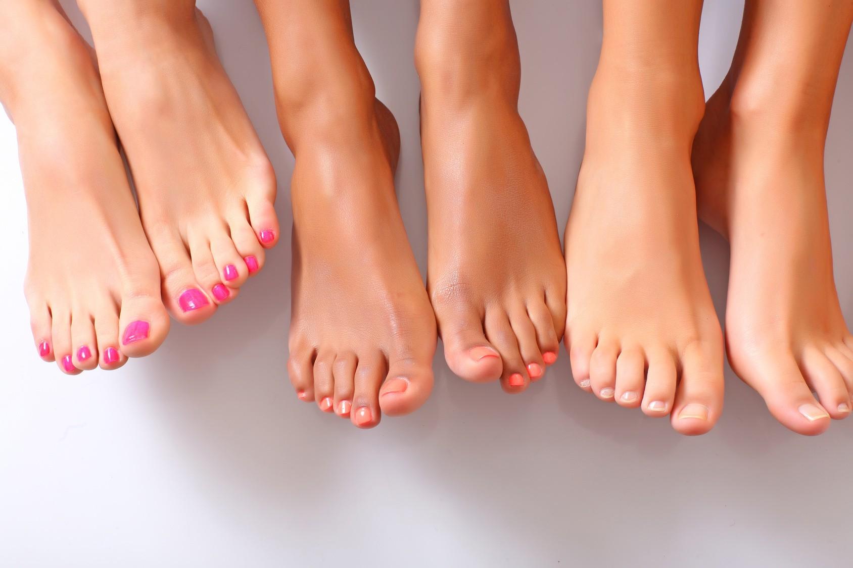 Что нужно делать чтобы не потели ноги