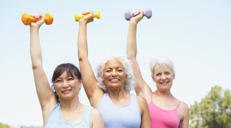Утренняя зарядка для женщин после 50 лет