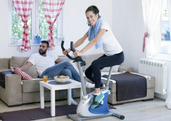 Велотренажер: как заниматься, чтобы похудеть