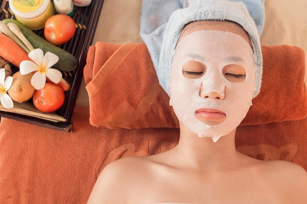 12 лучших тканевых масок для лица