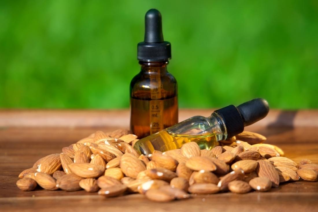Польза миндального масла для лица