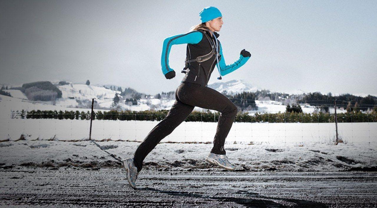 женская шапка для бега зимой