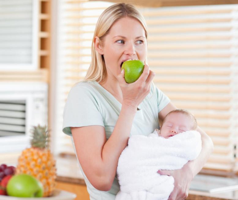 Как питаться после родов при грудном вскармливании новорожденного, чтобы похудеть