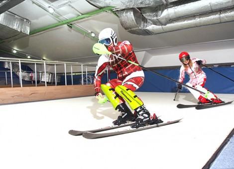 Тренировки на тренажере. Обучение сноуборду в Москве